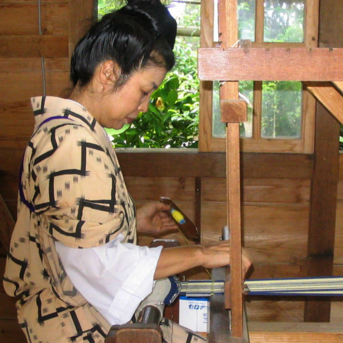 kimono weaving_sq